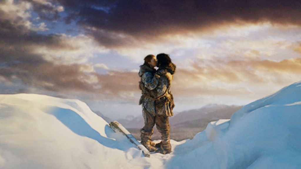 jon-and-ygritte-kiss-on-top-of-the-wall-587a4b4c-3fe5-41b6-9e1e-2e19b95ca533